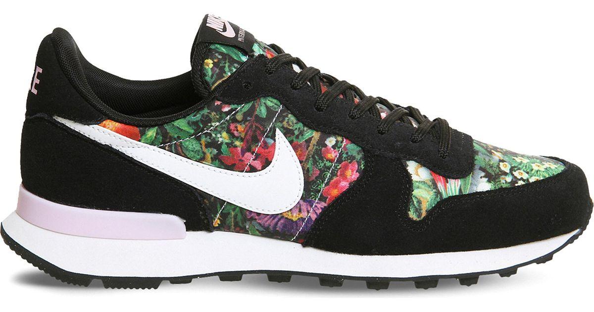 Nike Suede Internationalist Floral