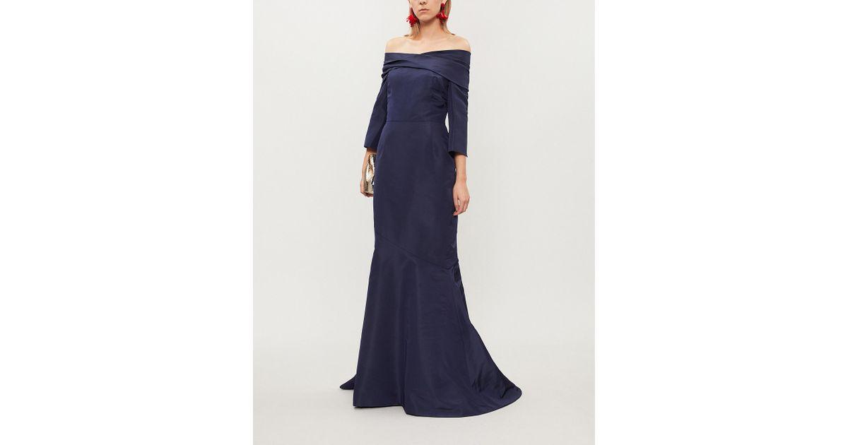 aefbbc45886 Lyst - Oscar de la Renta Off-the-shoulder Silk Gown in Blue