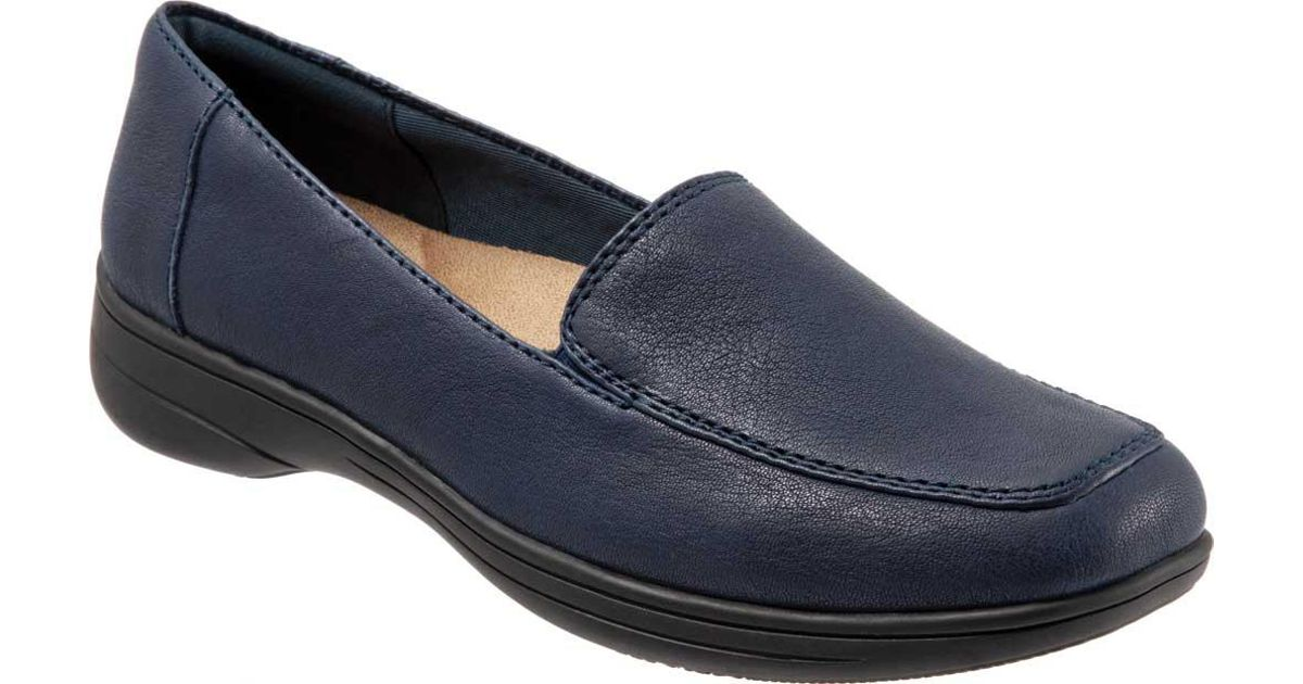 6521754a39b Lyst - Trotters Jacob Loafer in Blue - Save 56%