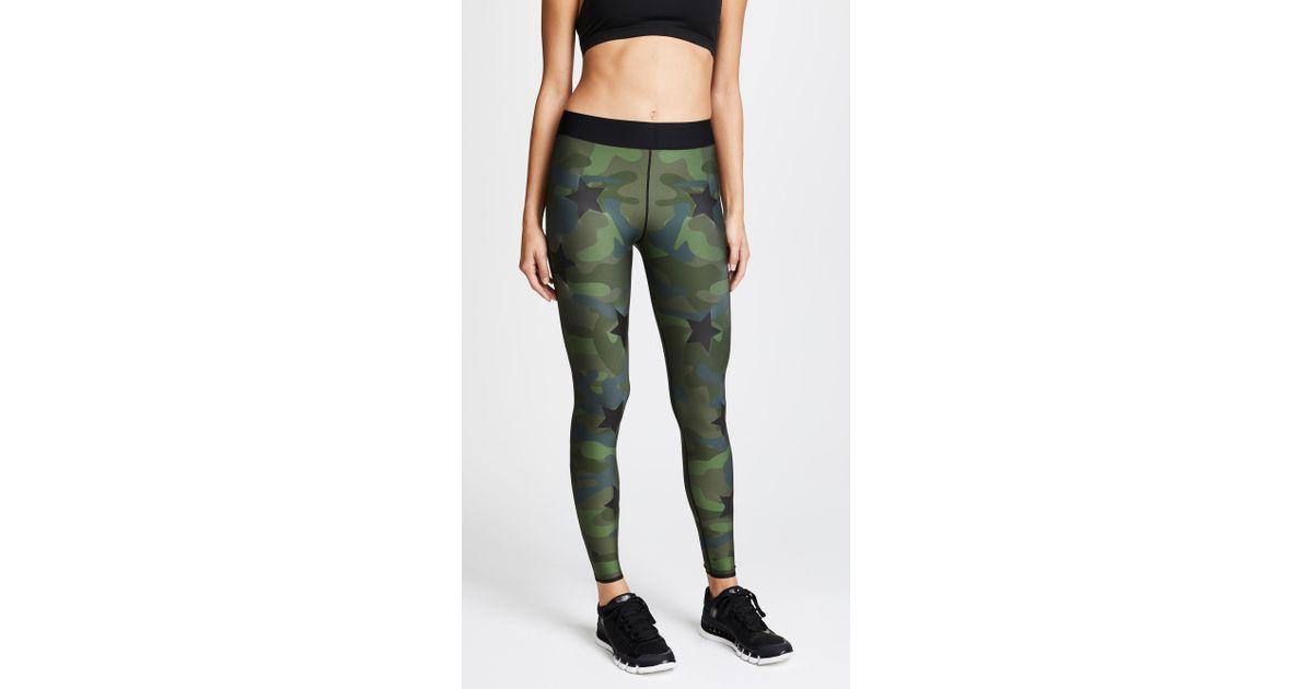 a0cc0459e2744 Ultracor Ultra Silk Camo Knockout Leggings in Green - Lyst