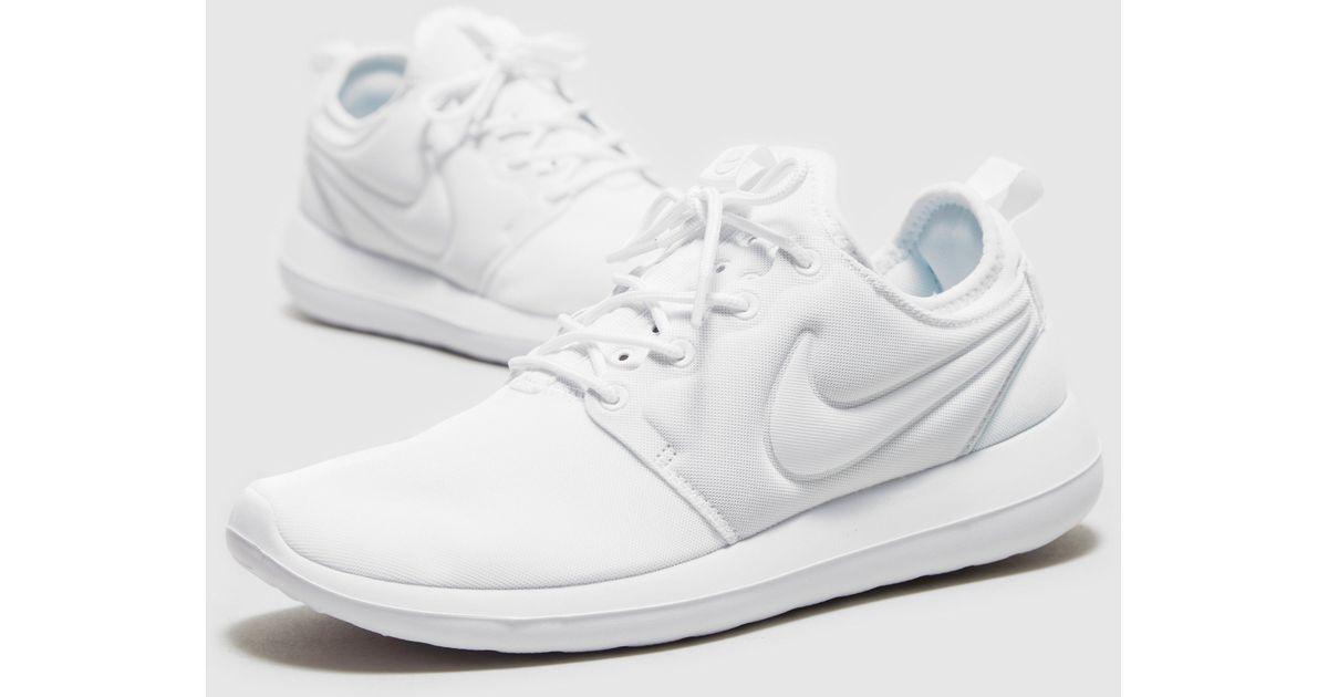 separation shoes 08ea0 9b3c5 Nike White Roshe 2 Women's