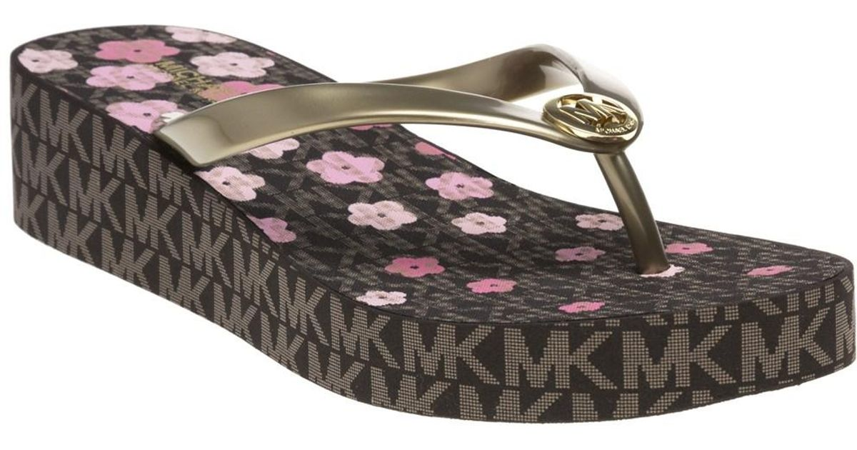 3c1240d605e Michael Kors Bedford Flip Flop Sandals in Brown - Lyst