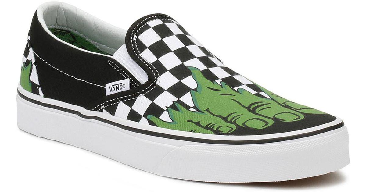 f3a6b35ea0 Vans Marvel Hulk   Checkerboard Classic Slip On Trainers Women s Slip-ons  (shoes) In Black in Black - Lyst