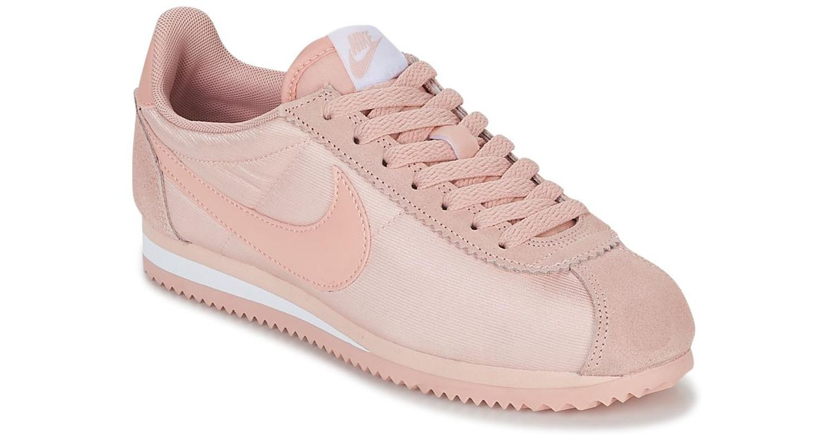 buy popular 1de03 adc97 Nike Classic Cortez Nylon W Women's Shoes (trainers) In Pink