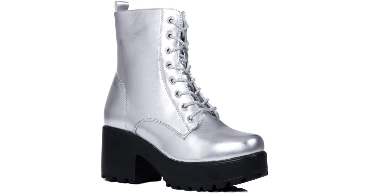 134bd72c0870 SPYLOVEBUY Shotgun Women s Low Ankle Boots In Silver in Metallic - Lyst