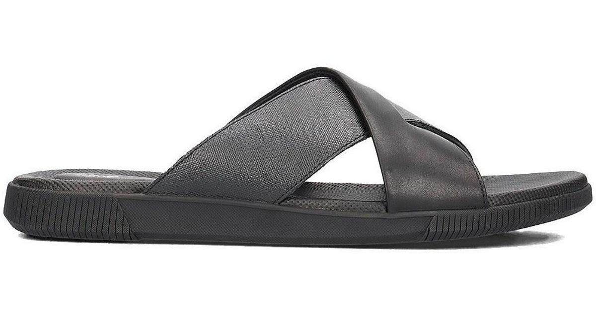 d92a691c0dbcc Clarks Vine Ash Men's Flip Flops / Sandals (shoes) In Black for men