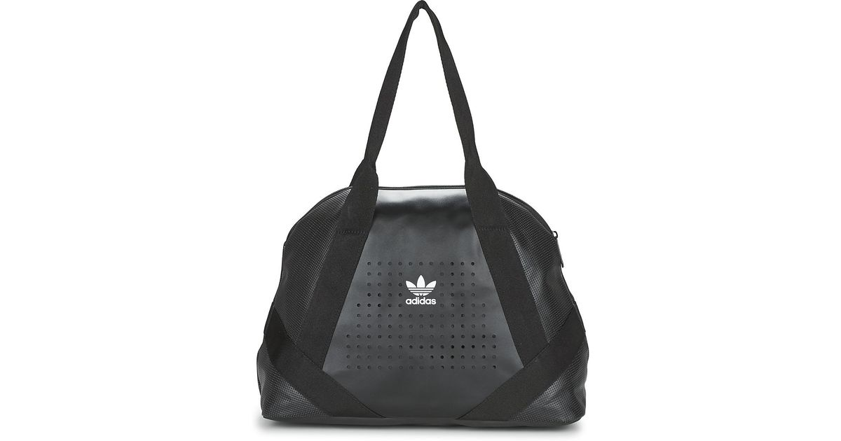 62ac1324b4cd adidas Originals Bowling Women s Shoulder Bag In Black in Black - Lyst