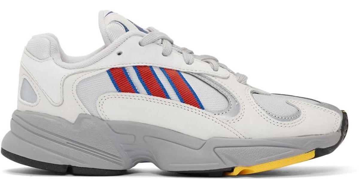 Baskets grises et rouges Yung 1 Adidas Originals en coloris Gray