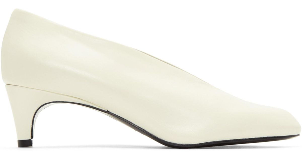 b7f563cdd1e Lyst - Lemaire White Slipper Heels in White