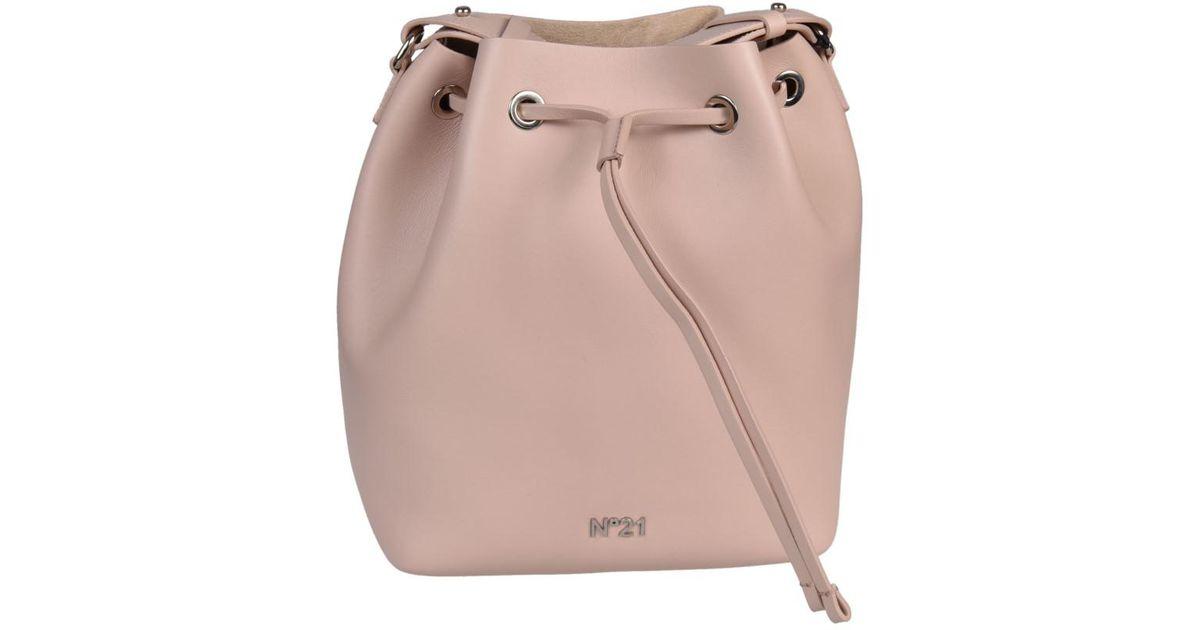 N°21 N 21 Logo Plaque Bucket Bag in Pink - Lyst 8db410d1b6099