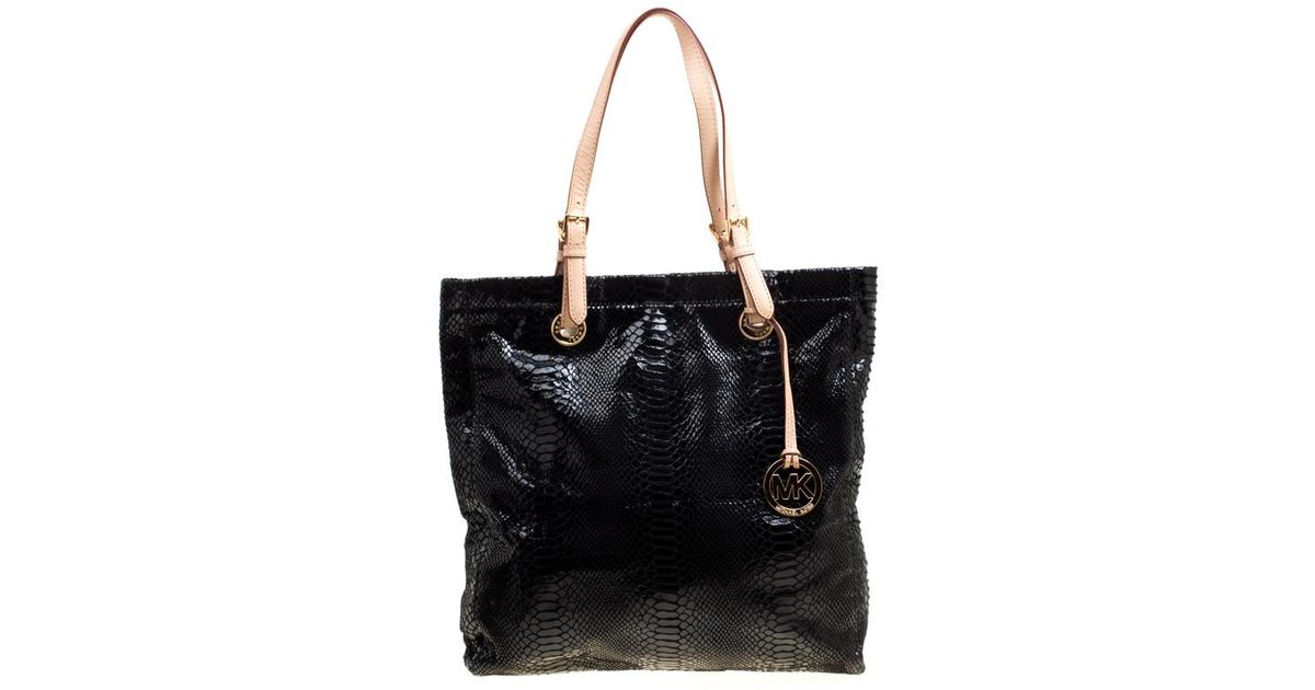 e5b4f5b85d590 Michael Michael Kors Python Embossed Leather Tote in Black - Lyst