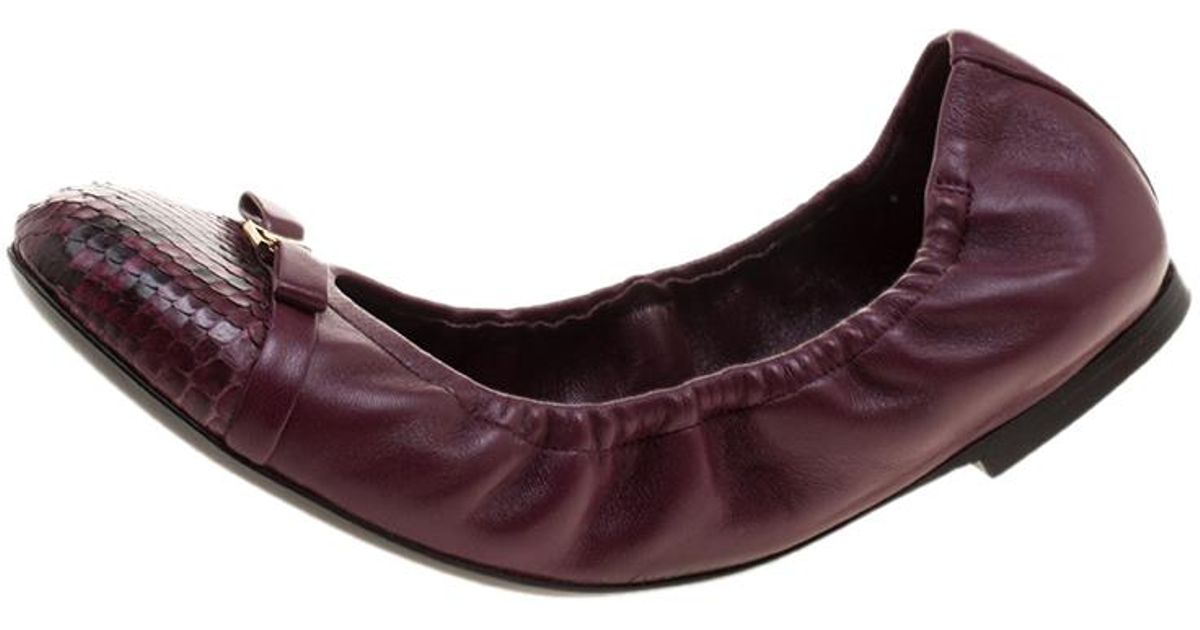 dfdc0ac4788a Louis Vuitton Leather Elba Python Leather Cap Toe Scrunch Ballet Flats in  Purple - Lyst