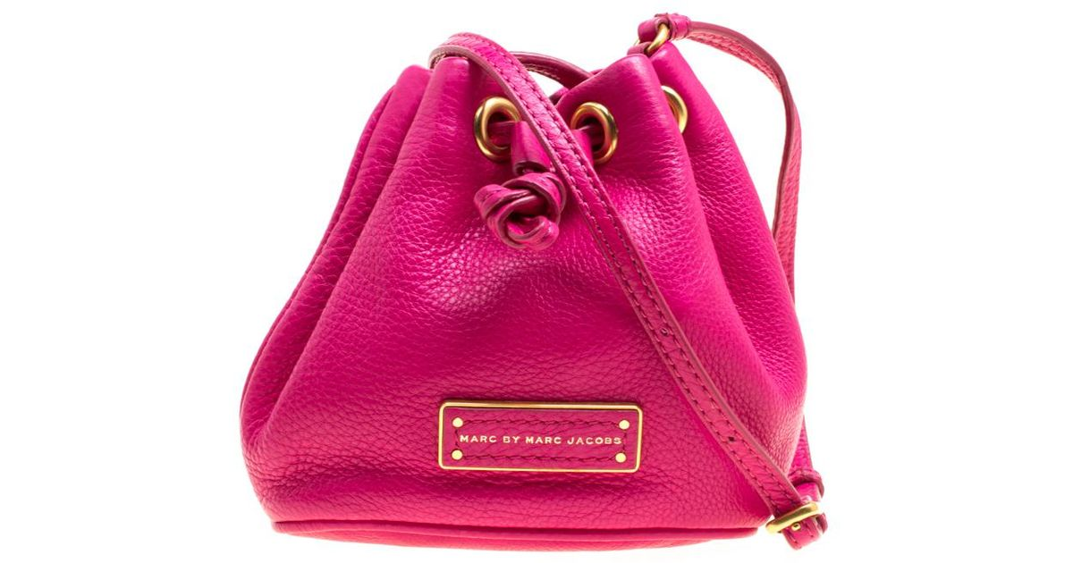 bf68b1258 Marc By Marc Jacobs Hot Leather Mini Too Hot To Handle Drawstring Bucket Crossbody  Bag in Pink - Lyst