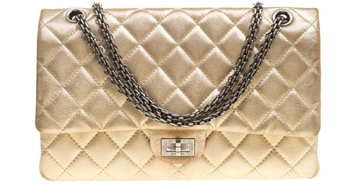 ad0d388dd97db0 Chanel Quilted Leather Reissue 2.55 Classic 226 Flap Bag in Metallic - Lyst