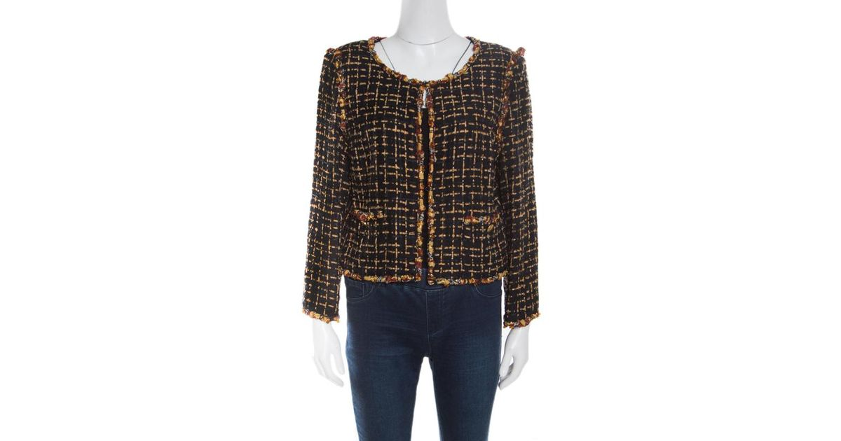 9c9e74a1d71 Lyst - Chanel Textured Beaded Edging Detail Cropped Boucle Jacket L in Black