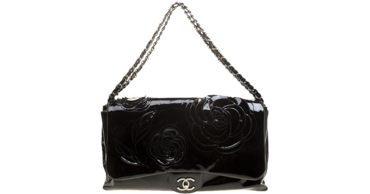 b484693ae5c9ad Chanel Black Patent Leather Camellia Accordion 3 Classic Flap Bag in Black  - Lyst