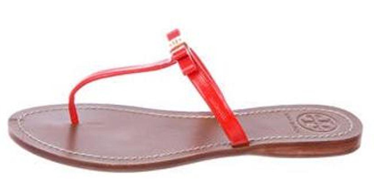 b30206eb9 Lyst - Tory Burch Leather Bow Sandals Orange