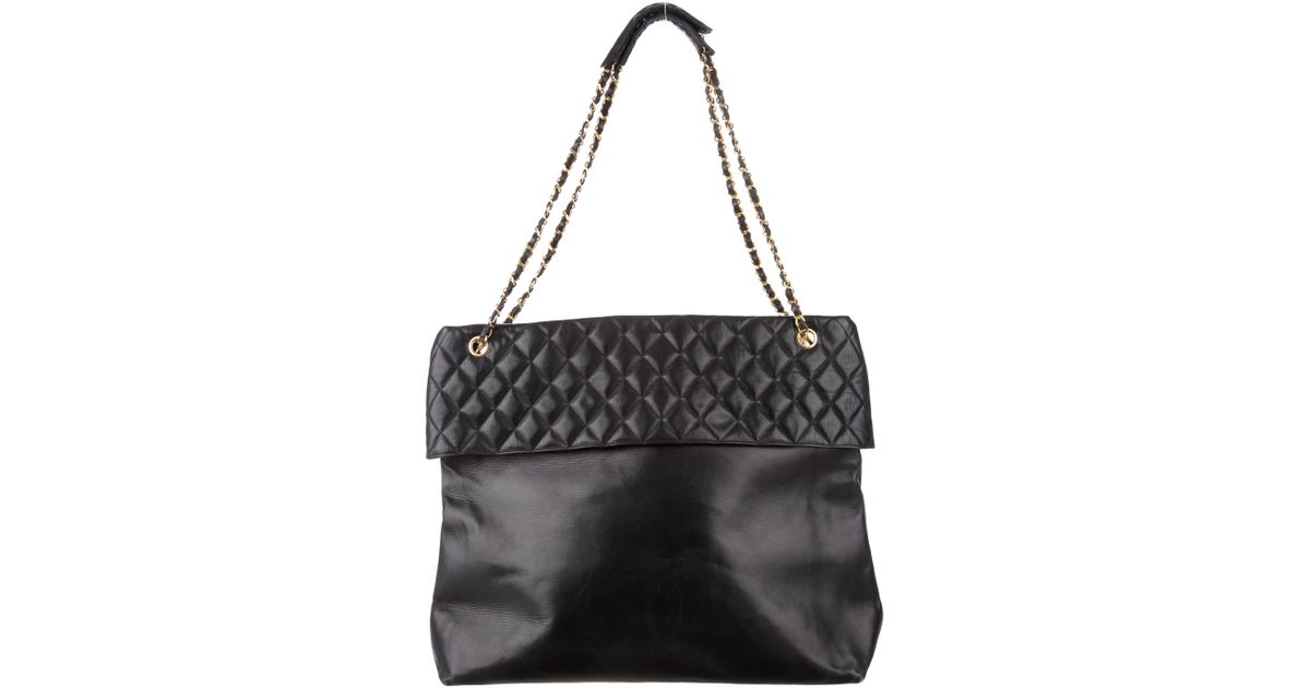 4df94262de91 Lyst - Chanel Vintage Lambskin Tote Black in Metallic
