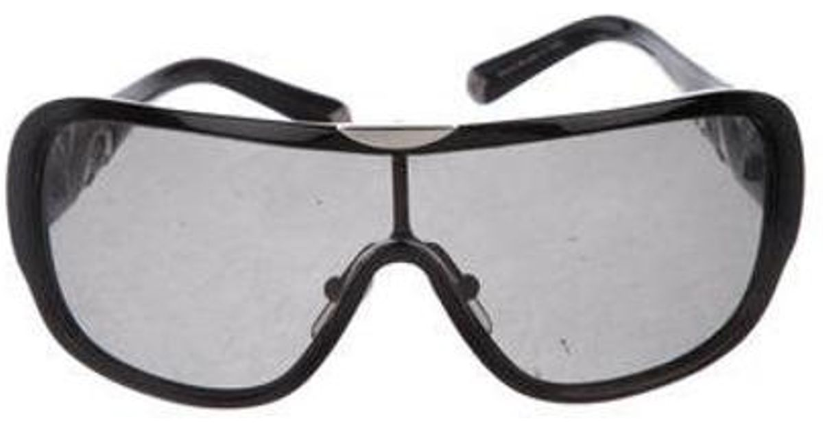 d87a21b7284 Lyst - Louis Vuitton Iris Tinted Sunglasses Black in Metallic
