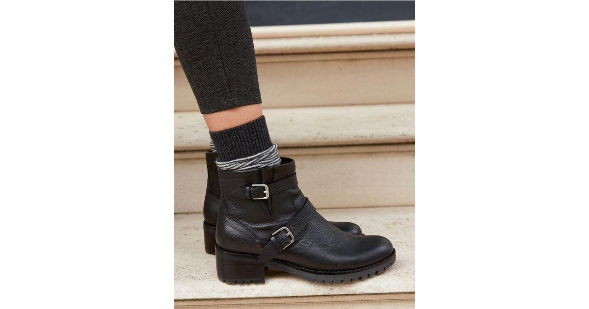 Side Zip Biker Boots in Black