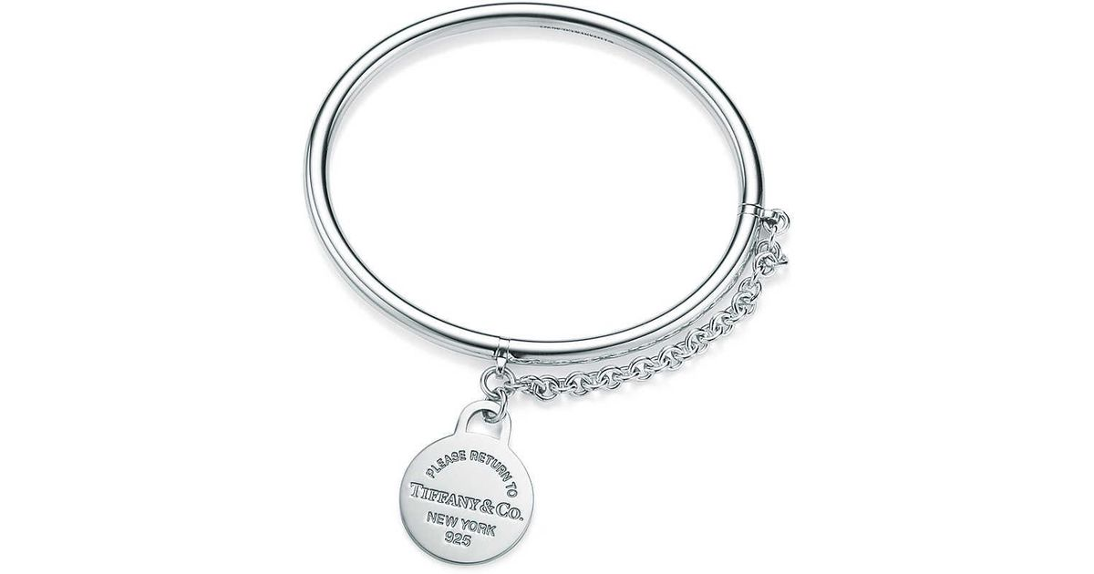 b6a749dbd56e Tiffany   Co. Round Tag Bangle With Chain in Metallic - Lyst
