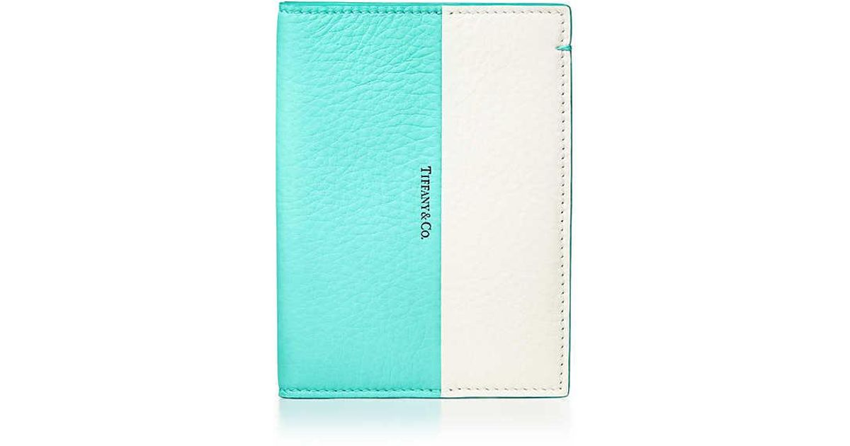 c3ddc90948122 Tiffany & Co. Color Block Passport Cover In Off-white And Tiffany Blue®  Grain Calfskin Leather in White - Lyst