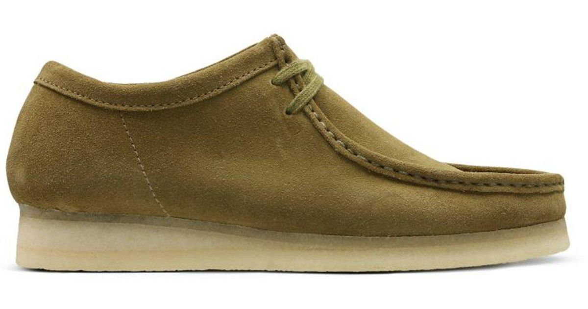 Clarks Wallabee Olive Suede in Green
