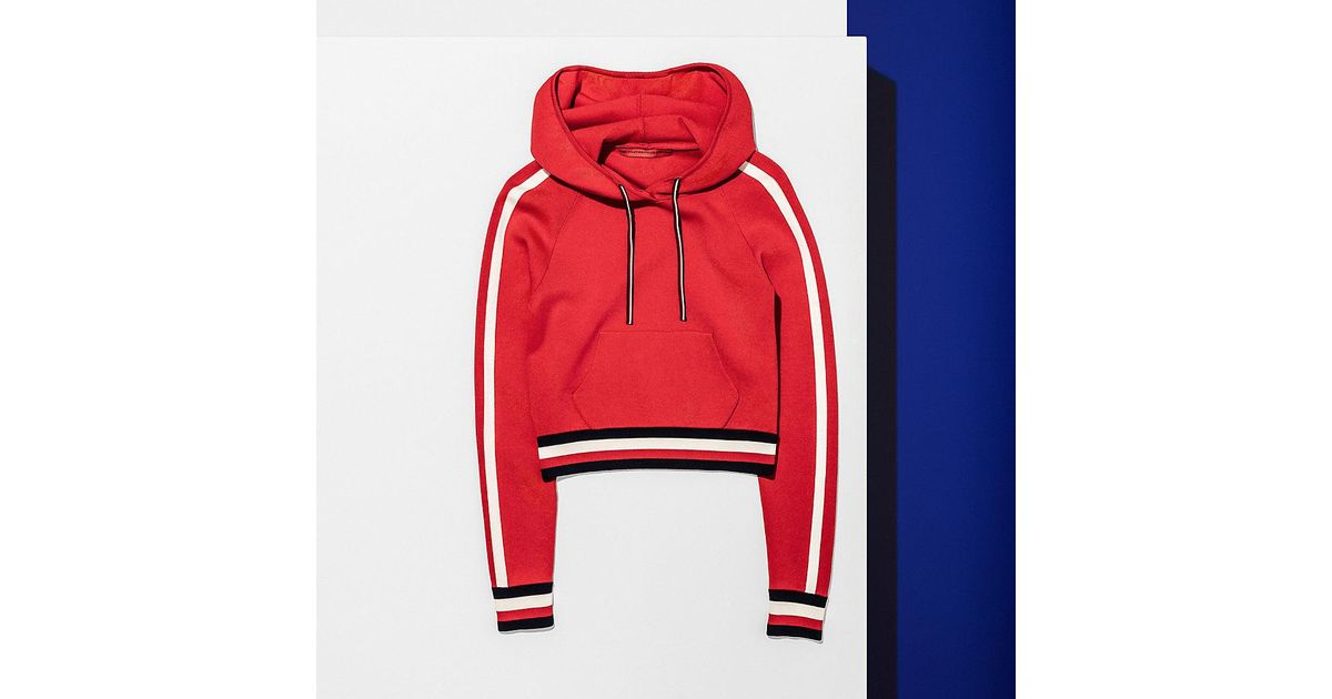 48c7181c5 Tommy Hilfiger Cropped Signature Hoodie in Red - Lyst