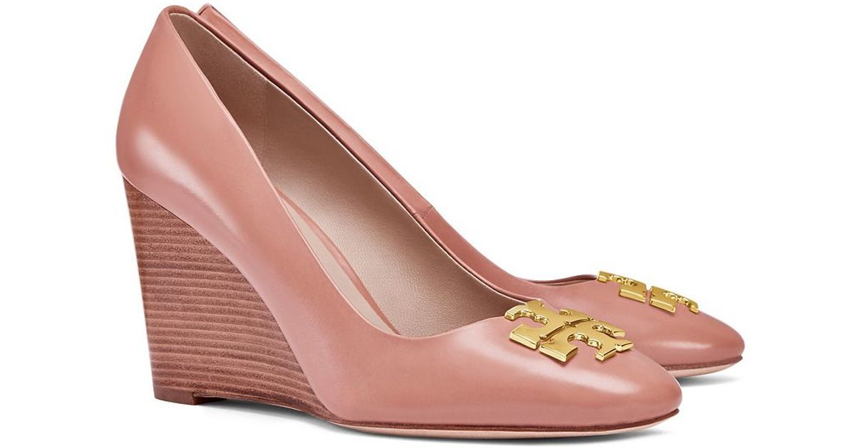 002765a6e Tory Burch Raleigh Wedge in Pink - Lyst