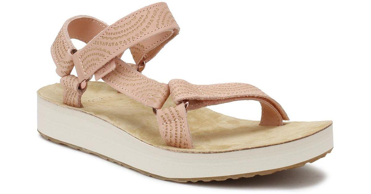 42e7cccf098c Lyst - Teva Womens Peach Pink Midform Universal Geometric Sandals in Pink