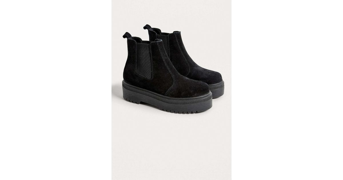 f81c8b0b13d Lyst - Urban Outfitters Uo Brody Suede Platform Chelsea Boot in Black