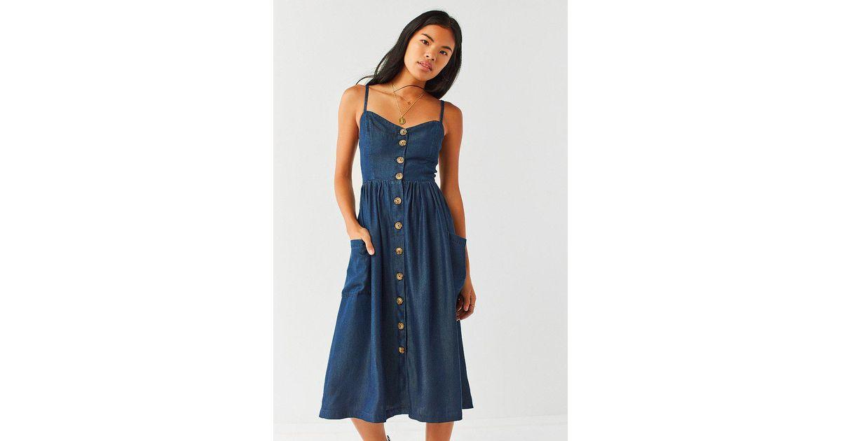 b2de2a790db Urban Outfitters Blue Uo Emilia Chambray Button-down Midi Dress