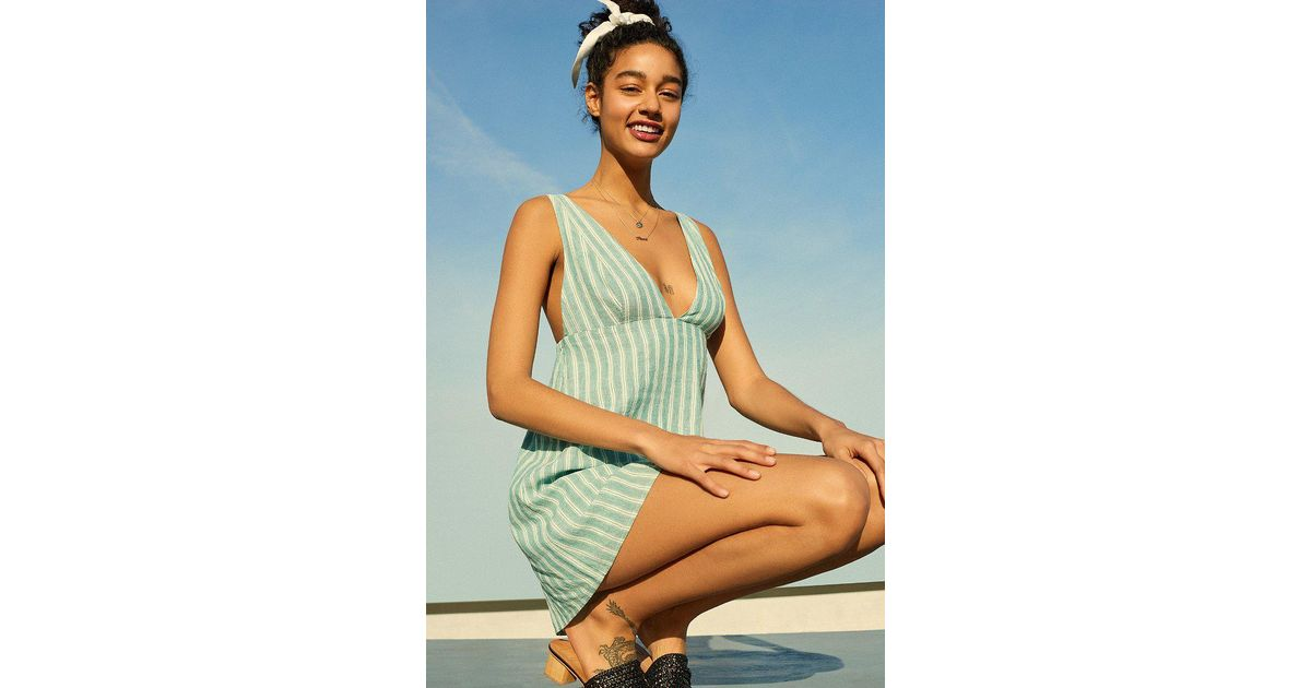 341fc0bac3 Lyst - Urban Outfitters Uo Breezy Plunging Strappy Linen Mini Dress in Green