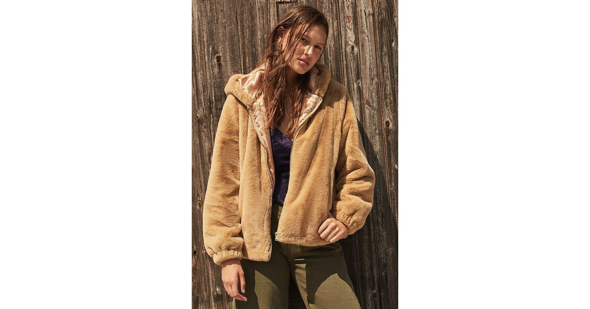 c5cb21a10 Pink Faux Fur Coat Urban Outfitters - Tradingbasis