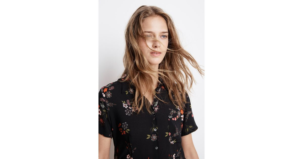 47df4f87 Velvet By Graham & Spencer Connie Spring Floral Challis Button Up Top in  Black - Lyst