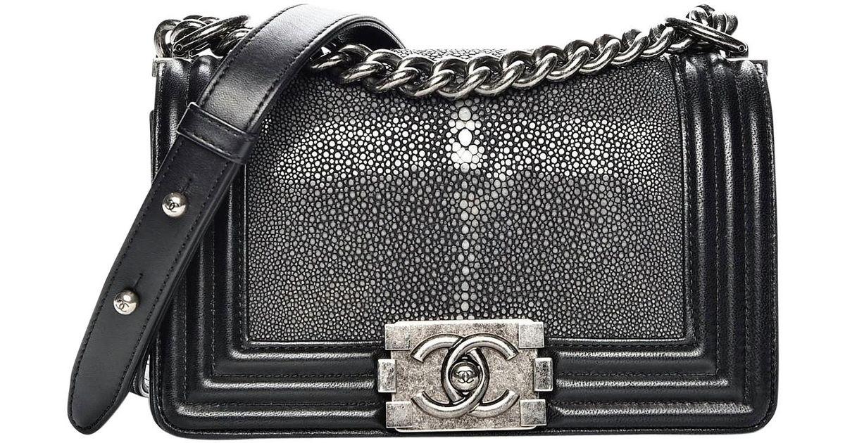 6df71fc3def03c Chanel Pre-owned Boy Stingray Crossbody Bag in Black - Lyst