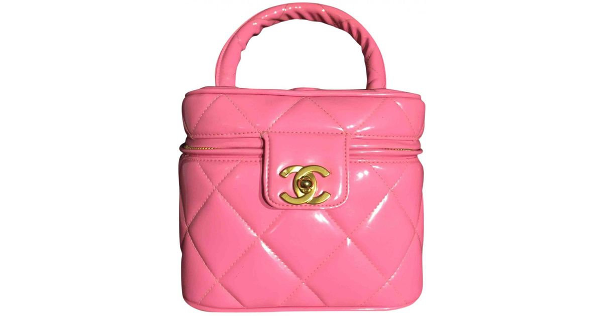 155dca22dab4 Lyst - Chanel Vanity Patent Leather Handbag in Pink