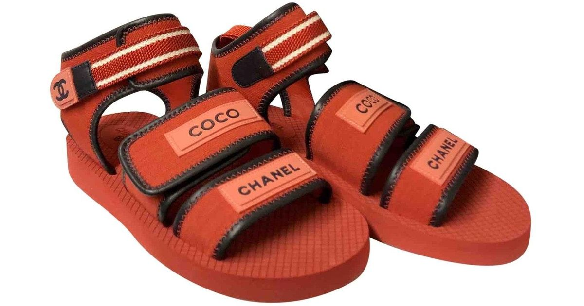 Chanel \\n Red Rubber Sandals - Lyst