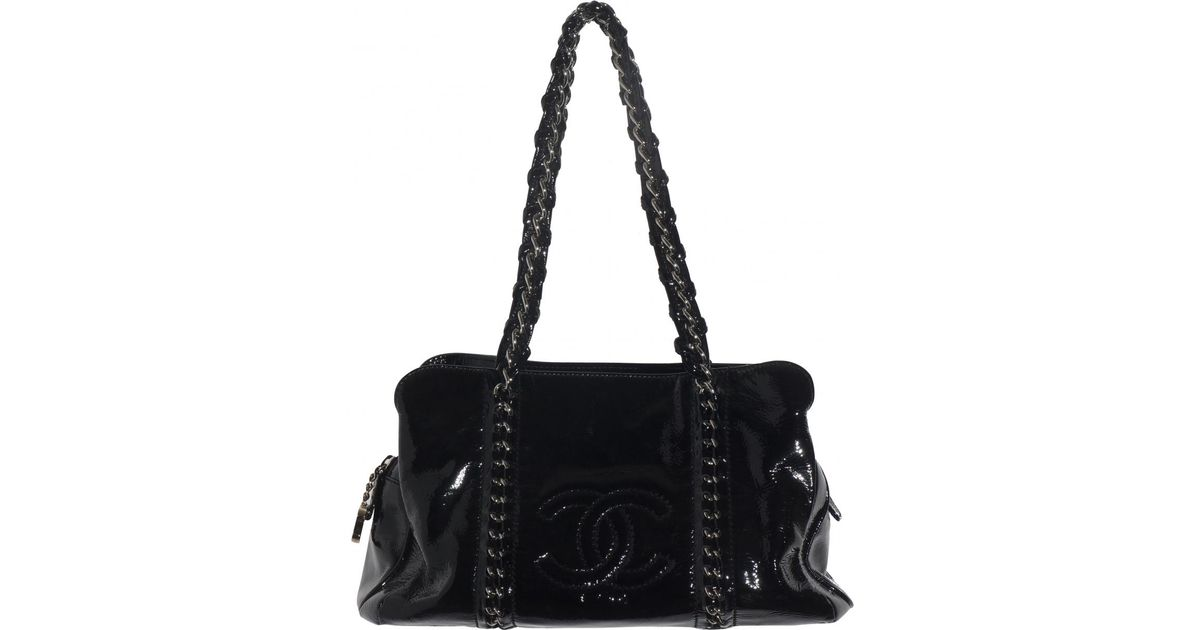 6b852a6eee1be4 Lyst - Chanel Patent Leather Handbag in Black