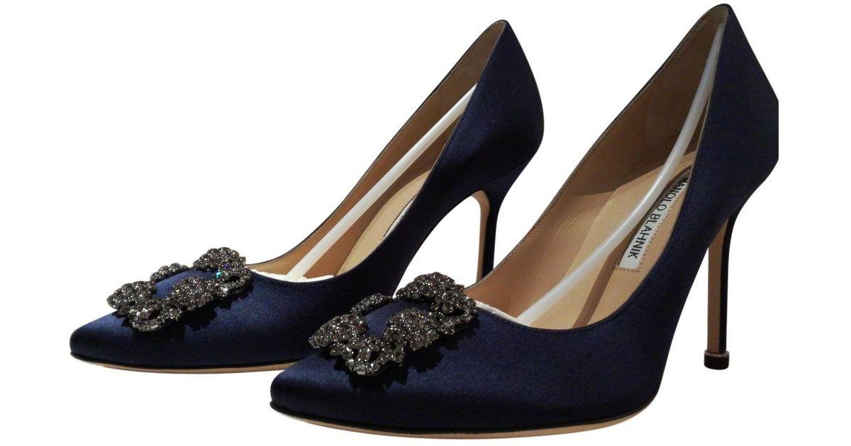 Manolo Blahnik Hangisi Cloth Heels 9PEVDX