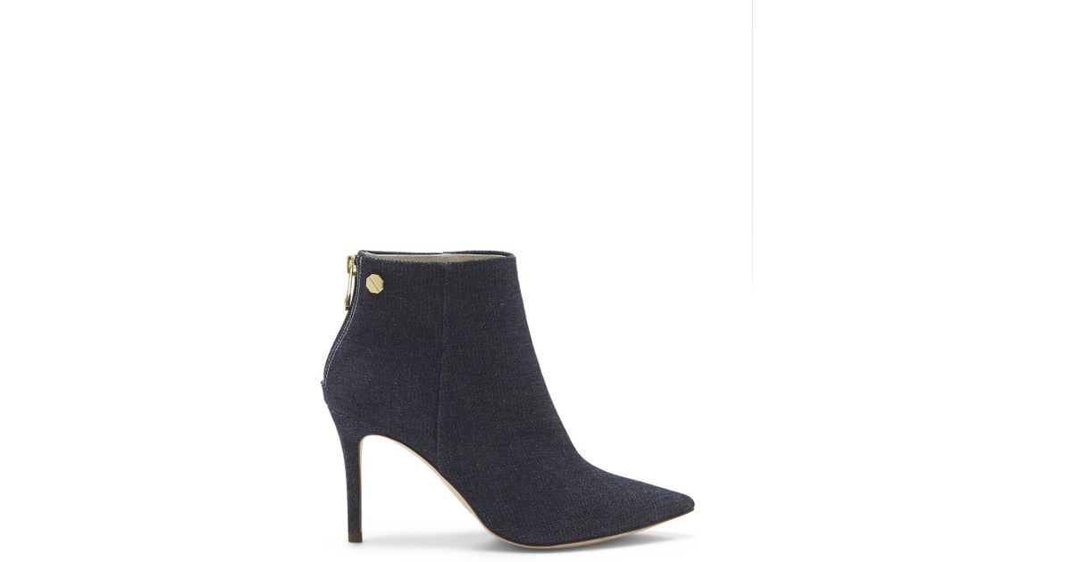 0d2911d412 Lyst - Vince Camuto Louise Et Cie Sonya – Point-toe Bootie in Blue