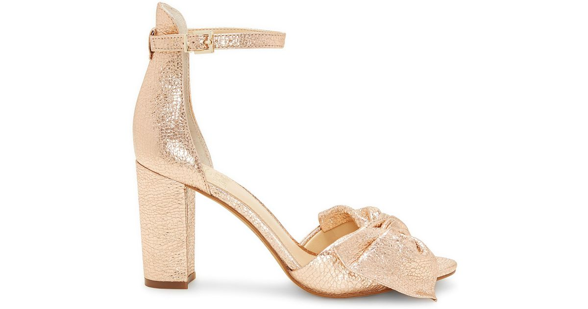 378c4609831 Lyst - Vince Camuto Carrelen – Bow Sandal in Natural