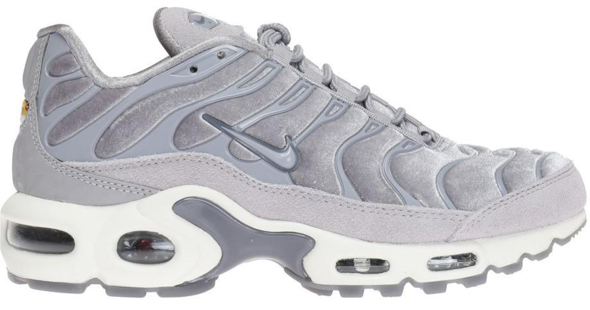new style 67848 82617 Nike Gray 'air Max Plus Lx' Sneakers