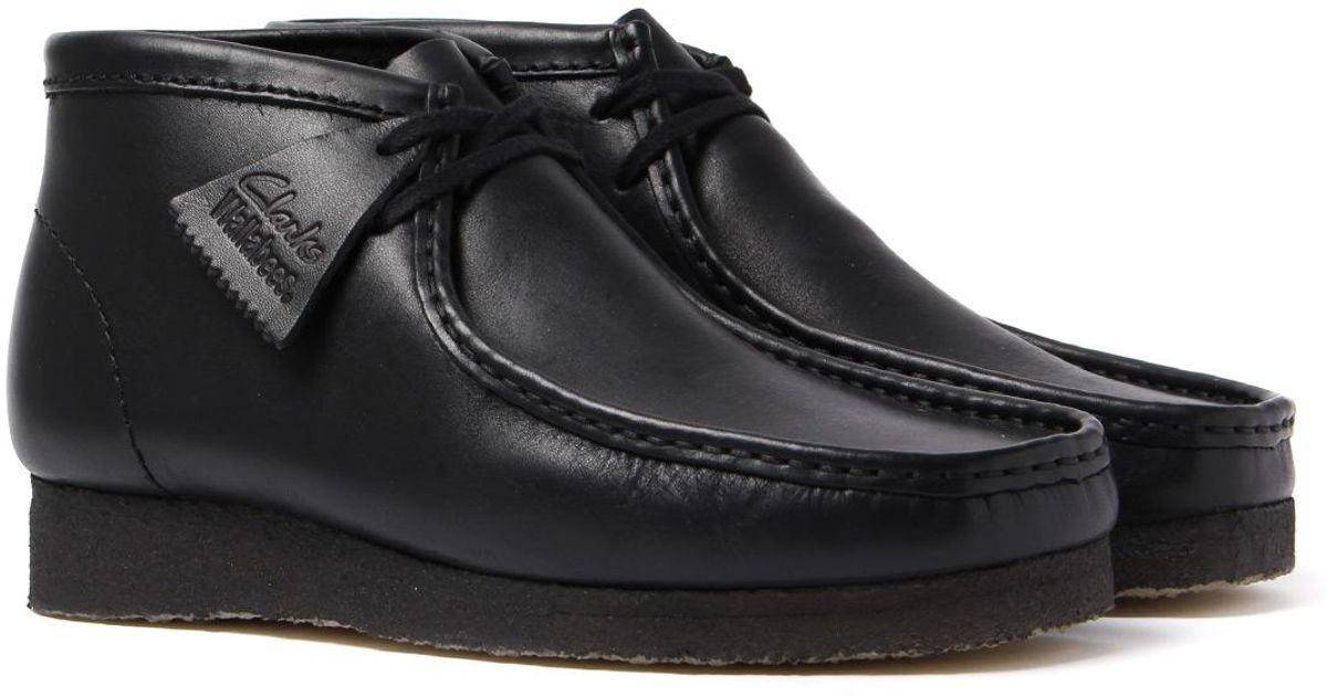 8e578653389 Clarks Wallabee Black Leather Boots for men