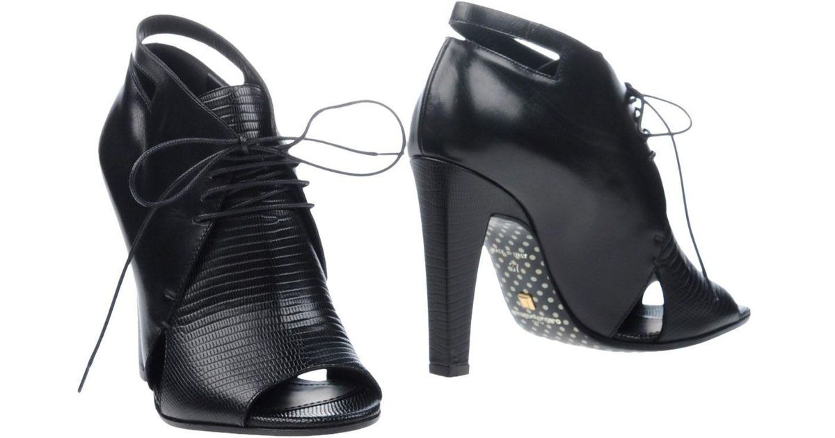 EMANUEL UNGARO Ankle boots sale low shipping fee buy cheap best place discount prices bWwseht