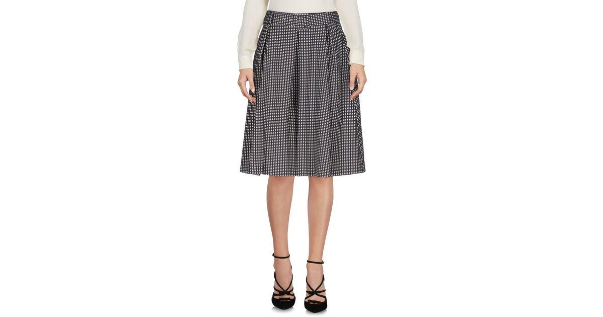 Suoli Knee Length Skirt in Blue