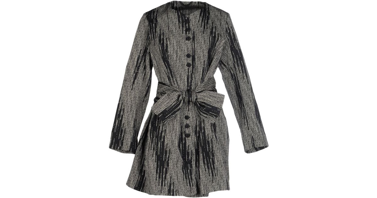 Lilith Overcoat In Black Lyst