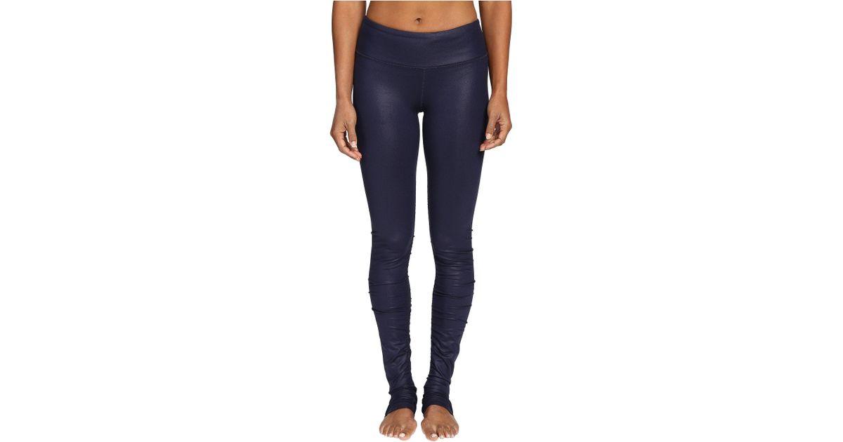 08effb652f Alo Yoga Idol Leggings in Blue - Lyst