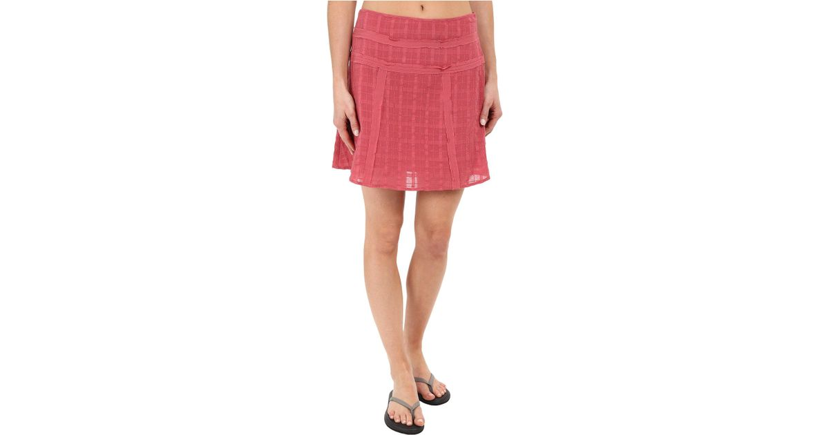 ede458be5f76 Lyst - Prana Erin Skirt in Red