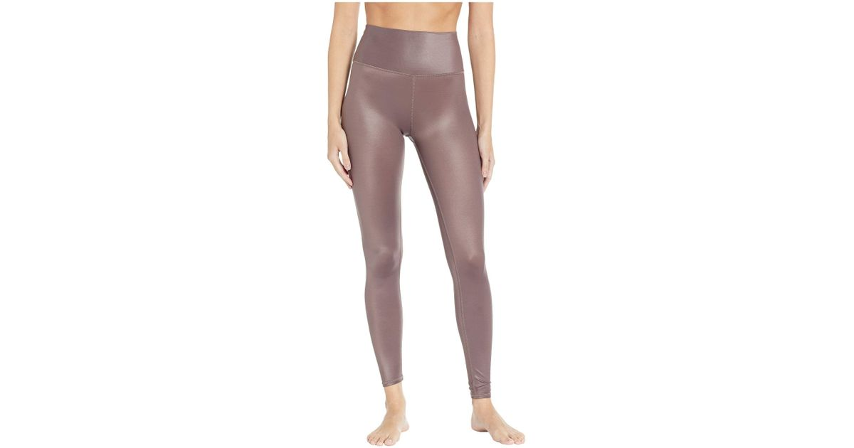 3d92d92447ff8 Alo Yoga 7/8 High Waist Shine Leggings (coco Shine) Women's Casual Pants -  Lyst